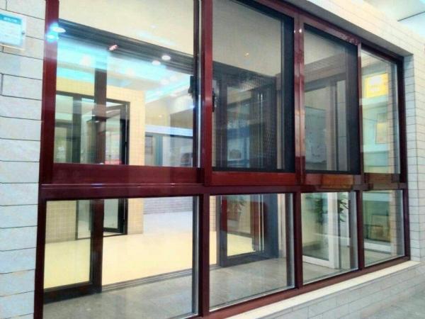 蓝光门窗厂教你怎样选购节能系统门窗